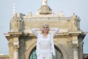 white, fashion, tour, yoga, lole, girls, beauty